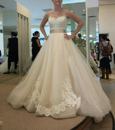 Wholesale Sweetheart Lace Wedding Bow - Hot Sale Charming Vintage Lace Wedding Dresses with Champagne Belt Bow A Line Sweetheart Tulle Ruffles Bridal Gowns 2017 New Designer