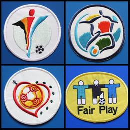 Souvenir europei online-Souvenirs New Retro European 1996 200 2004 Euro patch football Stampa patch badge, Calcio Hot stampaggio Patch Badge