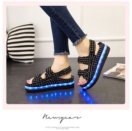Wholesale Summer Sandal Wholesale - Luminous shoes 2016 summer sandals women on the new students LED colorful light light emitting sandals