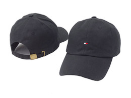 Wholesale Polo Ball Caps - 2017 New Styles Men Women Fashion Dad Hat Baseball Cap Polo Style Unconstructed casual Unisex Dad Cap Hats