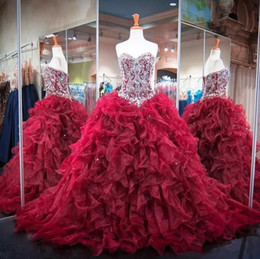 Wholesale 15 Blue Dresses - 2018 Glitter Beaded Crystal Burgundy Quinceanera Dresses Sexy Sweetheart Organza Ruffles Sweet 15 16 Yearls Ball Gowns Prom Party Gowns