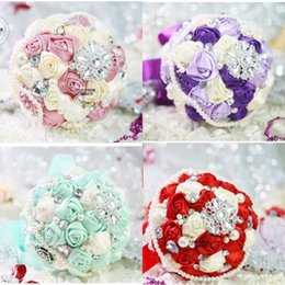 Wholesale Artificial Diamond Flowers - Artificial Wedding Bouquets for Wedding Red Purple Green Pink Rose Gold Wedding Flower Bouquets Diamonds Pearls Bridesmaid Hand Bouquets