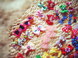 Wholesale Rhinestone Products - Wholesale Mix Designs Rhinestone Pearls Style dog bows pet hair bows dog hair accessories grooming products Cute Gift