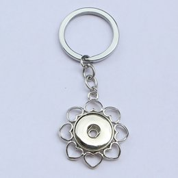 Wholesale Flower Keyrings - 12pcs lot Fashion men alloy small flower noosa chunks metal ginger snap button keychain fit 18mm button snaps keyring for men jewelry