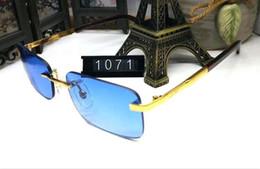 Cajas de madera para hombres online-2018 polarized gafas de sol de diseño de madera para hombres gafas de cuerno de búfalo polarizadas lente sin montura rojo azul gris marrón con caja original