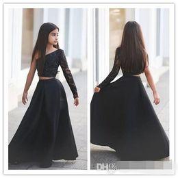 Canada 2019 robes de demoiselle d'honneur junior noires une épaule deux pièces robes fille de fleur manches longues en dentelle perlée petite fille robes formelles Offre