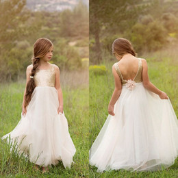 Wholesale girls birthday dresses for teens - 2018 Romantic Gold Sequins Tulle Flower Girls Dresses for Weddings Jewel Neck Handmade Flower Long Pageant Dress for Teens