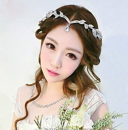 Wholesale wedding forehead jewelry - Rhinestone Forehead Bridal Hair Accessories 2018 Water Drop Brown Wedding Hair Jewelry Tiaras Crowns For Brides Bridal Head Pieces In Stock