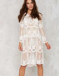 Платья с длинным рукавом покрывают колени онлайн-Уникальный дизайн свободные пляж платье летний стиль новый белый кружева платье с длинным рукавом длиной до колен купальник прикрыть