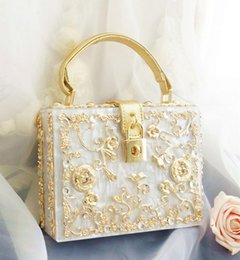 Wholesale Pink White Evening Bag - High quality Women bags diamond flowers hollow relief Acrylic Ballot lock luxury handbag evening bag clutch coin for party purse women tote