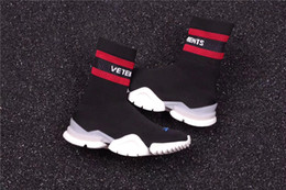 Wholesale Fashion Knit Fabrics - VETEMENTS SS CREW UNISES Sock Trainer Dropping RUNNING Shoes Socks Trainer Boots Knitting Womens Girls High Top Sports Casual Sneakers