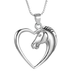 Wholesale Halloween Horse - 1 pc Women Men Swift Horse Heart Silver White Gold Plated Necklace Chain Pendant Hot charming fine jewelry