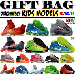 Wholesale Kids Lacing Tops - High Top Men Kids Indoor Neymar TF Soccer Shoes Mercurial Superfly V CR7 FG AG Football Boots Ronaldo Youth Magista Obra Soccer Cleats Women