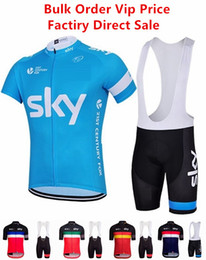 2019 maillots hombres Sky Cycling Jersey con Bib Shorts Hombre Unisex Mangas cortas Ropa de bicicleta Trajes Quick Dry Front Zipper Wearable transpirable maillots hombres baratos
