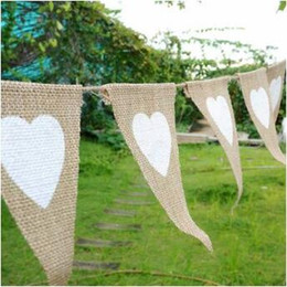 Wholesale Burlap Wedding Banners - Jute Fabric Bunting Banner White Heart Flags Vintage Wedding Party Burlap Banners Rustic Wedding Decoration CCA7879 50set