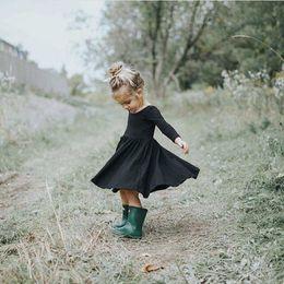 Wholesale Black Lace Ribbon Wholesale - Ins Girls Cotton Dress Kids Clothing 2017 New Autumn Winter Princess Party Long Sleeve Cake Dress YAN-666