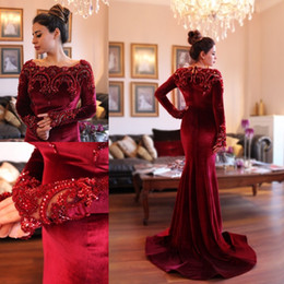 Wholesale Islamic Art Pictures - 2018 Arabic Islamic Abaya in Dubai Muslim Evening Dresses Scoop Neck Dark Red Velvet Lace Crystal Beads Long Sleeve Mermaid Party Prom Gowns