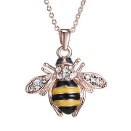 Collares de oro únicos para mujer. online-Envío gratis Golden Bee Rose colgante, collar de oro Unique Austria Elements collares de cristal para mujer joyería venta al por mayor