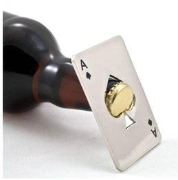 Tarjetas de credito personalizadas online-Tarjeta de póker creativo Abridor de botellas de cerveza personalizado Divertido abridor de botellas de tarjetas de crédito de acero inoxidable Tarjeta de barra de espadas Herramienta