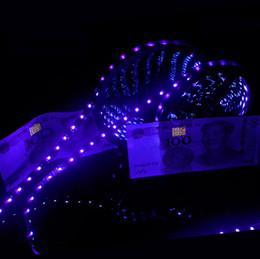 Tira de luz led púrpura 12v online-UV Luz de tira llevada púrpura 5050 SMD 60led / m DC 12V Impermeable 395-405nm Rayos ultravioletas cinta de tira flexible Cinta