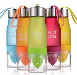 Wholesale Branded Sports Bottles - Brand New Color 650ml H20 Water Bottle Portable Juice Lemon Fruit Infuser Cup Outdoor Sports Travel Water Cup Drinkware Gift