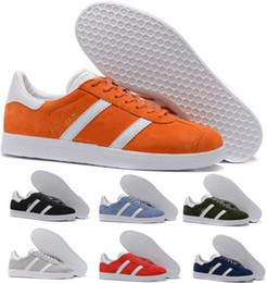 Wholesale Red Womens Oxfords - Hot Mens Womens Casual Shoes Orgnge Skate 3M Gazelle Pigskin Force One Oxford Fashion Trend Flat Tennis Superstar Smith Stan Athletic Shoe
