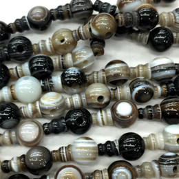 Wholesale Natural White Agate Necklace - Natural Black White Lace Agate Onyx Pagoda Tee Buddha Head Tibet Guru Beads Fit Jewelry DIY Necklaces (10 Beads lot) 04196