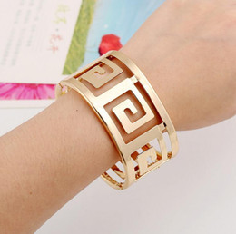 Wholesale Gold Cuff Metal Bangles Bracelets - Trendy Thick Metal Geometric Hollow Bangles Women Maxi Punk Bracelet Plating Gold Smooth Alloy Wide Opened Cuff Bangle Accessory