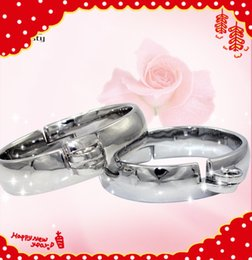 Wholesale Steel Female Locked Collar - HOT Oval Shape High Quality bondage set restraints handcuffs steel anklet collar with Brass Lock Joints Suit BDSM bondage cuffs sex toys