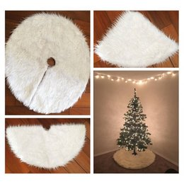 Wholesale White Tree Skirt - Creative White Plush Christmas Tree Skirts Fur Carpet Xmas Decoration New Year Home Outdoor Decor Event Party ZA5012