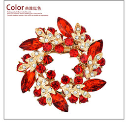 Wholesale Green Rhinestone Wreath Brooch - High Quality Bling Austrian Crystal Brooches Flower Wreath Brooch Collar Pins Colorful Rhinstone Lovely Brooches Jewelry 16 color mix