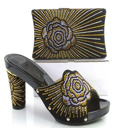 Wholesale Diamond Sewing Buttons - HJ111 Women Shoe And Bag To Match With Flower And Diamond For Party Wedding For Women African High Hell Pumps BLACK Colour