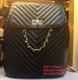 Wholesale Diamond Shape Rhinestone - Fashion woman vintage Outer Lock V Shaped Quilted chain Shoulders backpack 2535