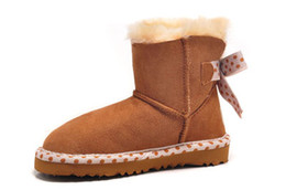 Wholesale Cheap Warm Kids Boots - Good cheap Kids snowboots back butterfly knit ankle snowboots light wearable rubber sole 100% wool padded super warm Eu27-35