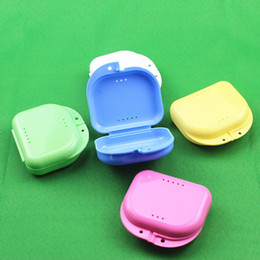 Wholesale Retainers Teeth - Compact Colorful Dental Orthodontic Retainer Box Case Mouthguards False Teeth Dentures Sport Guard Storage Box ZA4343
