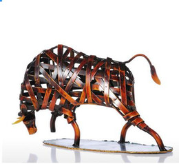 Wholesale Imitation Metal - Tooarts Metal Sculpture Weaving Cattle Red Iron Sculpture Abstract Figurine Modern Art Home Decor Animal Craft Gift