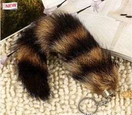 Wholesale Real Fox Tails - 100% Ursfur Real Canadian Fox Fur Tail Keychain Bag Tassel Hanging Tag Strap Car Key Chain Ring Gift car keychain 25cm