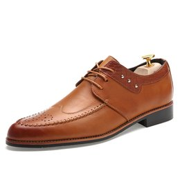 Wholesale Oxford Brogue Shoes - Noble Elegant Quality Leather Brogues Mens Dress Oxfords Party Business Shoes Pointed Toe Rivet Studded Italian British Style Sewing Lace Up