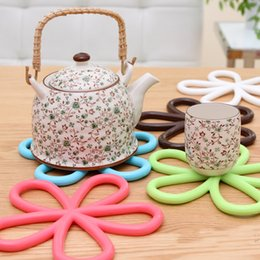 Wholesale Wholesale Heating Pads - 5 Pcs lot Beautiful Flower Shaped Colored Silicone Round Table Heat Resistant Mat Cup Coffee Coaster Cushion Placemat Pad