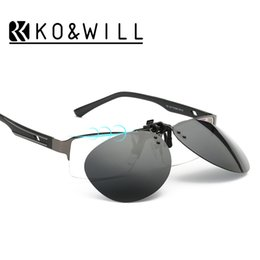 Wholesale Cool Optical - 2016 New Cool Lenses Clip On Sunglasses Men Flip Up Clips Driving Sun Glasses Polarized Women Super Light Myopia Optical B101