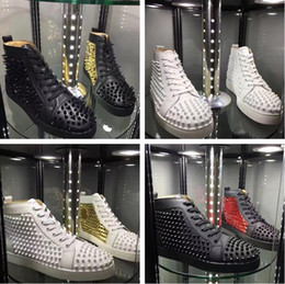 shine sneakers Promo Codes - Name Brand High Quality Casual Shoe Man Woman Red Bottom Sneaker Fashion Patchwork Shining Gold High Top Rivets Lace Up Party Shoes Spikes