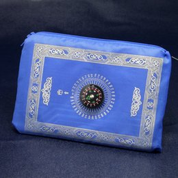 Wholesale Travel Prayer Mat Wholesale - islamic travel pocket prayer mat with compass muslim prayer rug mix colors foldable size 100*60cm ZD092