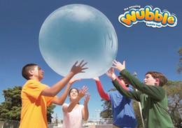 2019 palla gonfia L'incredibile sfera di bolle gonfiabili di Wubble Ball gonfia fino a 3ft Kids Out Door Ball Giocattoli Regalo di Natale sconti palla gonfia