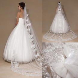 Wholesale Big Long Veil - Luxury Crystal Wedding Veil Lace Applique Big Bow Bridal Veils Chapel Length One Layer Long Veil With Free Comb