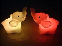 glückliche katze leuchtet Rabatt Kleines Nachtlicht Bunte wechselnde Elefanten Kleine Nachtlampe LED Nachtlicht LED Spielzeug für Liebhaber