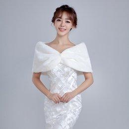 Wholesale Cheap Ruffle Coat - Amazing Cheap 2016 Bridal Wraps Faux Fur Woman Shawls Bolero Coat Winter Wedding Cloaks Accessories 2017