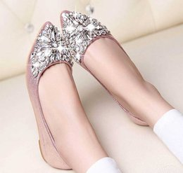Wholesale Crystal Wedding Dress Shoes - Stylish Ladies Crystal Shoes Flat Shoes Rhinestone Pointed Toe Slip On Flat Summer Fall Solid Fashion Women Ballet Flats Shoes 1B