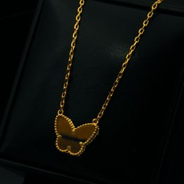 Wholesale Gold Butterfly Pendant Necklace - New arrival Brass and brand name pendant necklace with white shell or tiger stone butterfly shape in 45cm length for women wedding jewelry