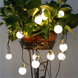 Теплые солнечные фонари онлайн-Светодиодные солнечные светодиодные строки свет G50 лампы водонепроницаемый глобус 4 м 6 м 8 м светодиодные строки огни для забора / патио / двор / сад белый / теплый