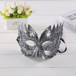 Wholesale New Look Wholesalers - New Halloween costume party mask Sawtooth engraved designs Fake Metal men's antique looking party mask gold silver